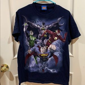 Other - Men's justice league shirt